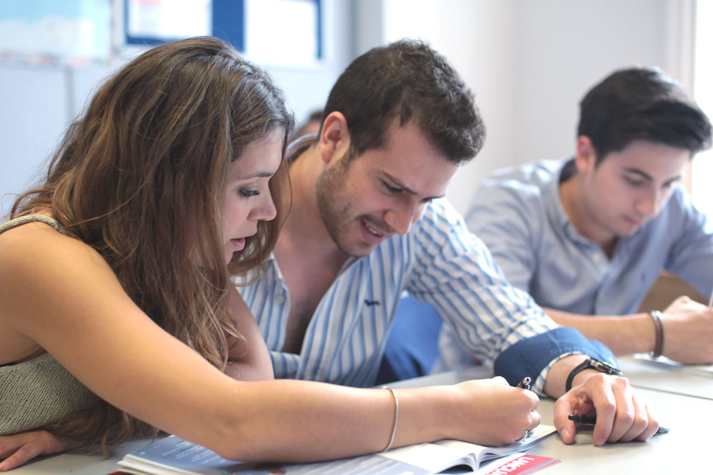 teacher training coursework Each course is designed to meet the specific training needs of different types of teachers, from our team of teacher trainers are handpicked, not only for their experience but also for their insight and.