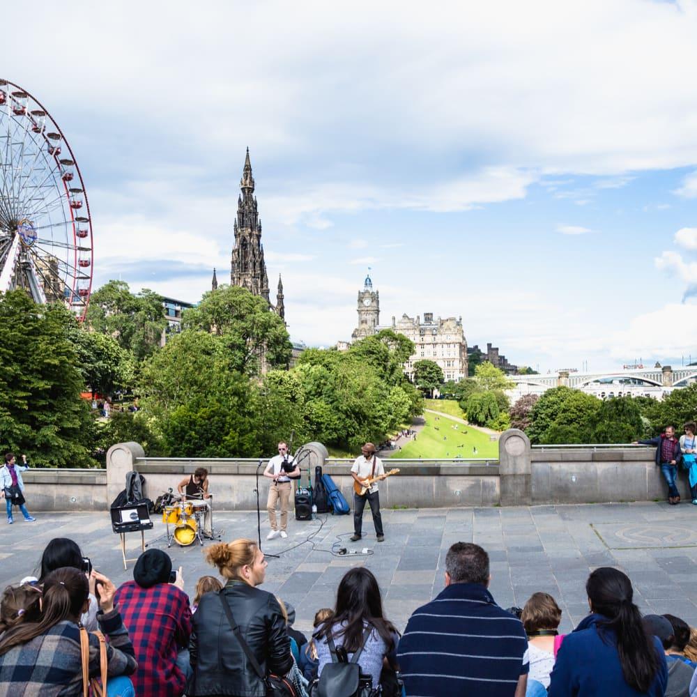 Edinburgh Fringe Festival band playing