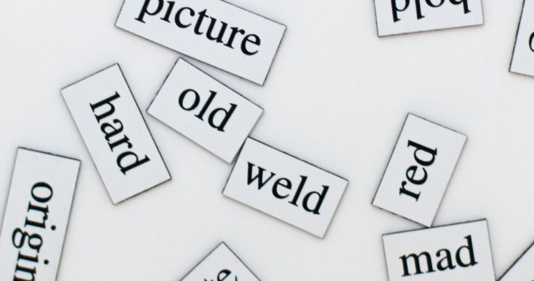 Fridge magnets with English words on