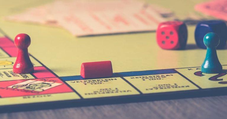 selective focus monopoly