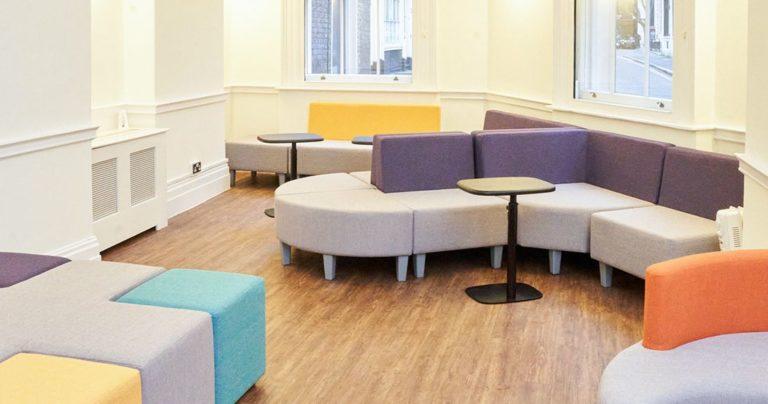 Студенческая комната отдыха в школе BSC в Лондоне