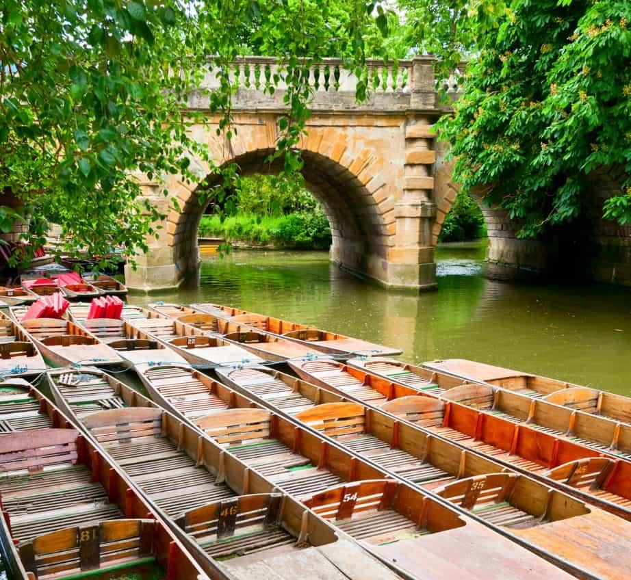 Punts sur la rivière