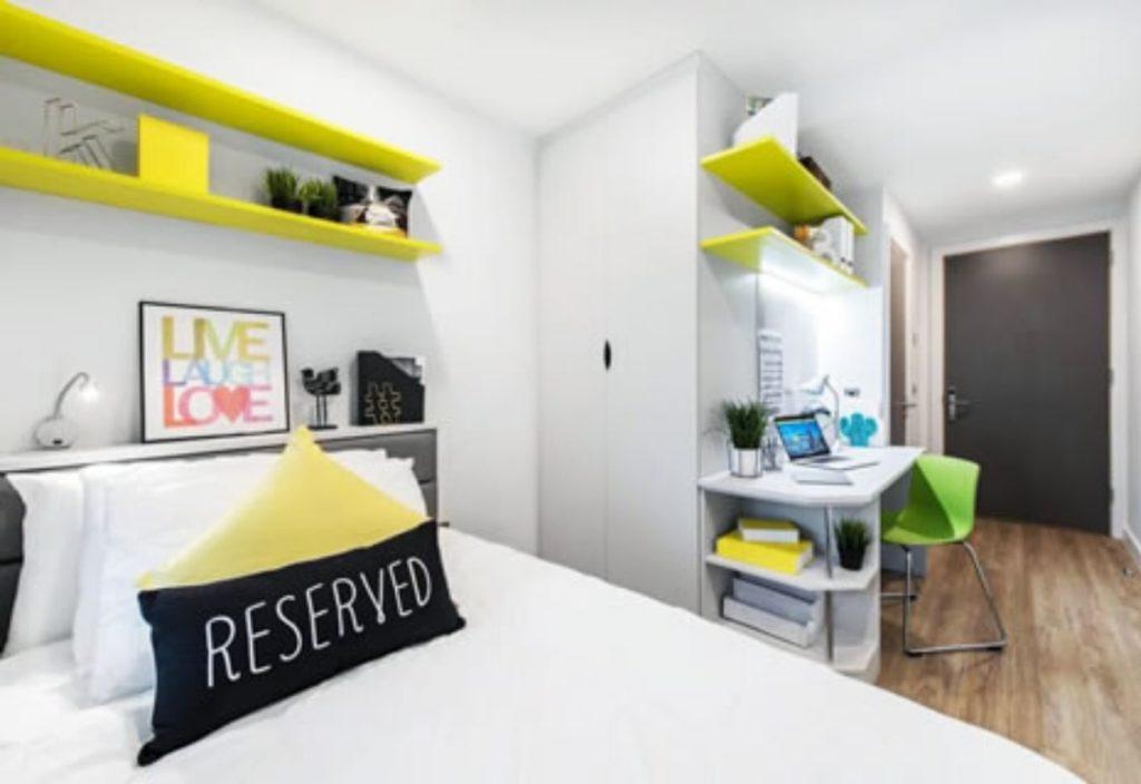 Dormitorio en la residencia de estudiantes Dublin Ardcarin House